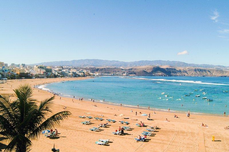 Playa de Las Canteras, a 400 metros del apartamento