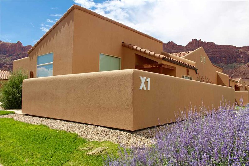 Desert Oasis ~ X1, vacation rental in Moab