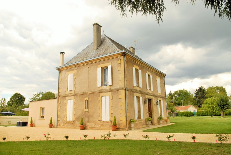 La Grande Maison Bergerac, holiday rental in Bergerac City