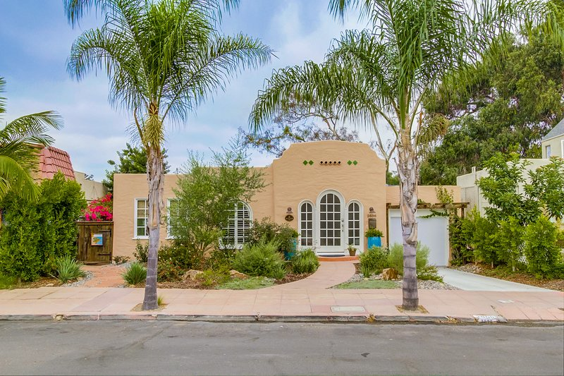 Beautiful Canyon Property - Minutes to Downtown!, vacation rental in San Diego