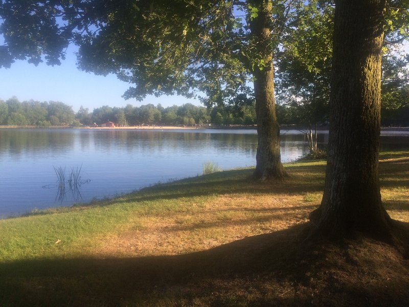 "The nearby etang ""saint estephe"" they can swim, dine or walk around the lake!"