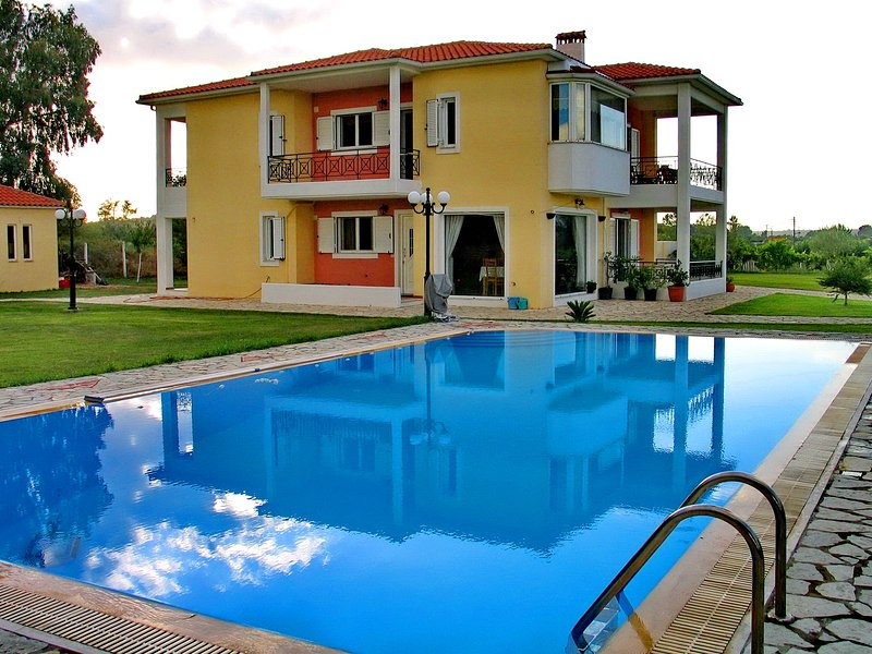 Villa Giannopoulos, holiday rental in Korakochori