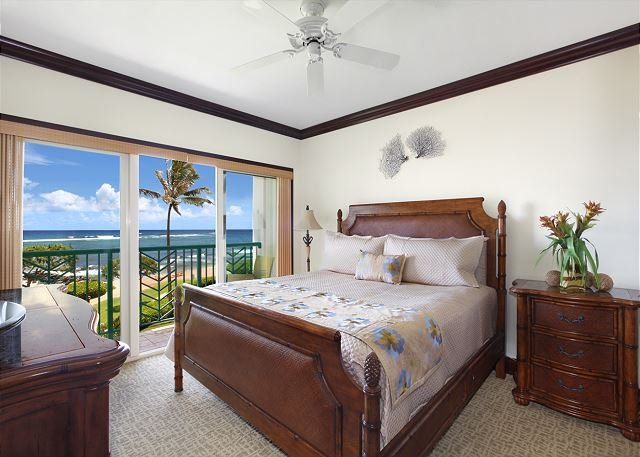 OCEANFRONT SUITE A306 **AC** Resort Pool & Restaurant, location de vacances à Kauai