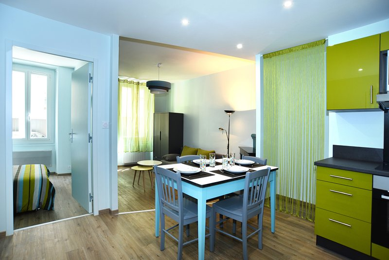 HAPPY APPART GRENOBLE GARE, vacation rental in Seyssins