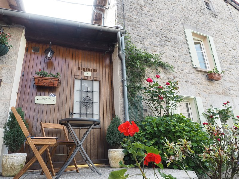 Chez Betty, vacation rental in La Croix-sur-Gartempe
