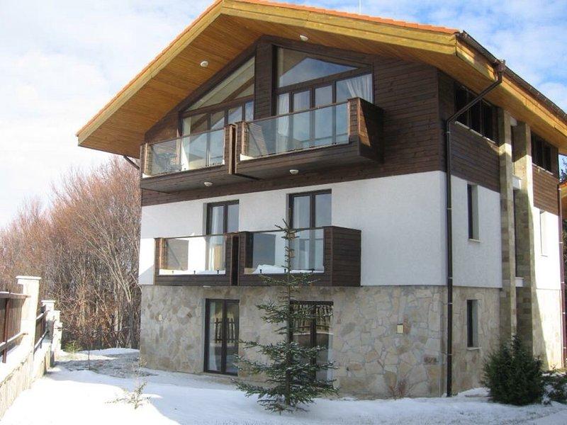CHALET MECHKA , Rila Mountains, Borovets, Bulgaria, holiday rental in Dolna Banya