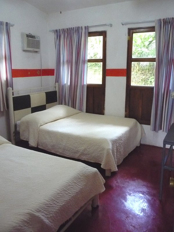 Suite Junior dispose de 2 chambres avec 2 lits doubles chacune.