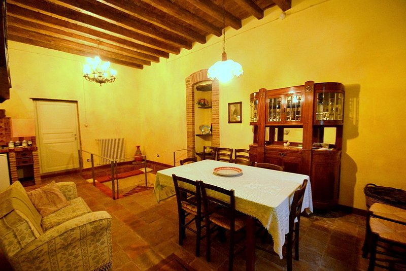 Casa Vives B, holiday rental in Montemaggiore Belsito