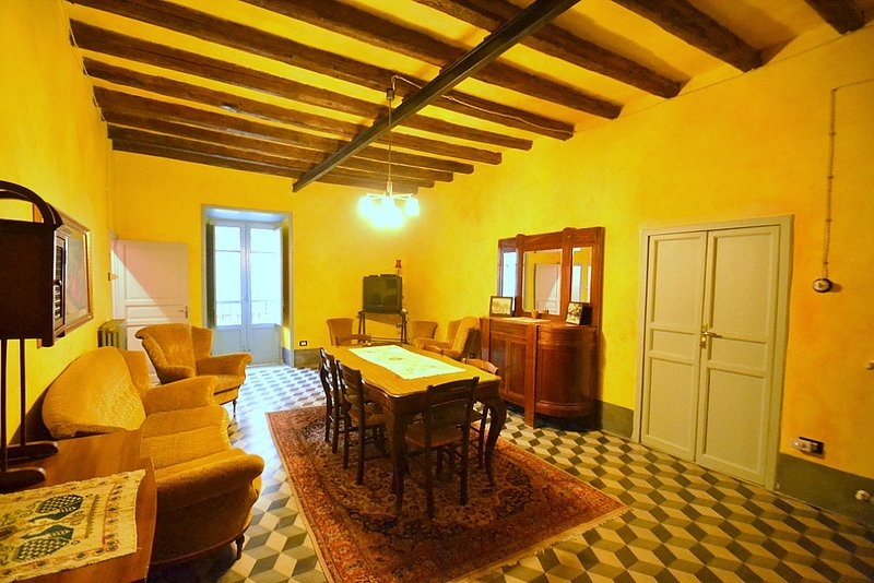 Casa Vives C, holiday rental in Montemaggiore Belsito