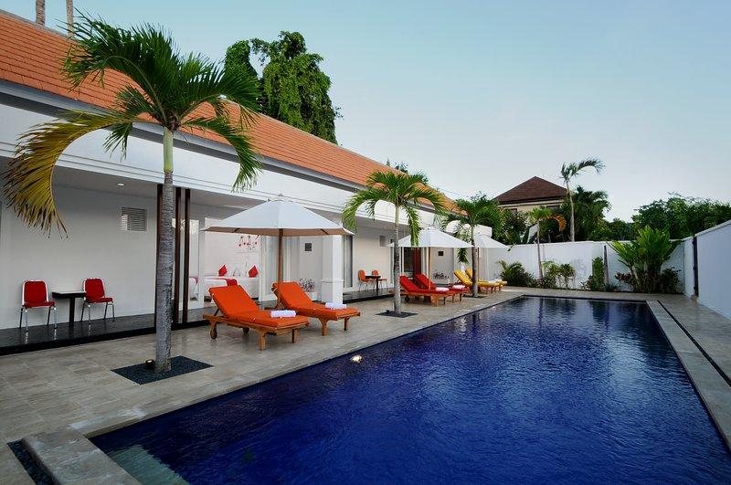Quiet & Spacious: Apt Merah: 1 bed with shared pool: Cool Bali Villas, holiday rental in Serangan
