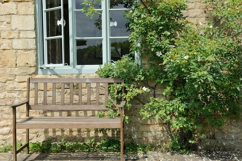 Come and relax at Corn Close Cottage