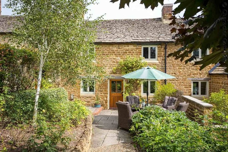 Beautiful Cottage For Holidays: Rambling Rose Cottage Is A Beautiful Holiday Cottage