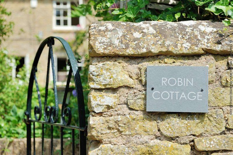 Welcome to Robin Cottage!