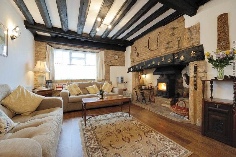 A classic Cotswold cottage living room!