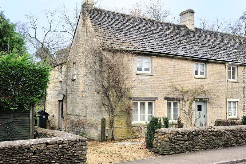 Welcome to the charming Winterberry Cottage, in Barnsley