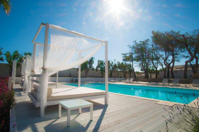 Il Giardino TerraNostra - le 4 villette con piscina, holiday rental in Torre San Giovanni