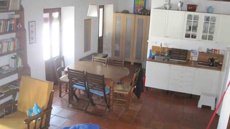 vista salón cocina comedor