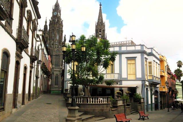 Loft en Cetro Histórico de Arucas, holiday rental in Banaderos
