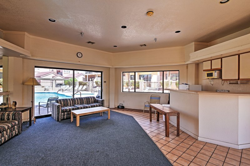 With so many community amenities, this condo promises and easy-going getaway!