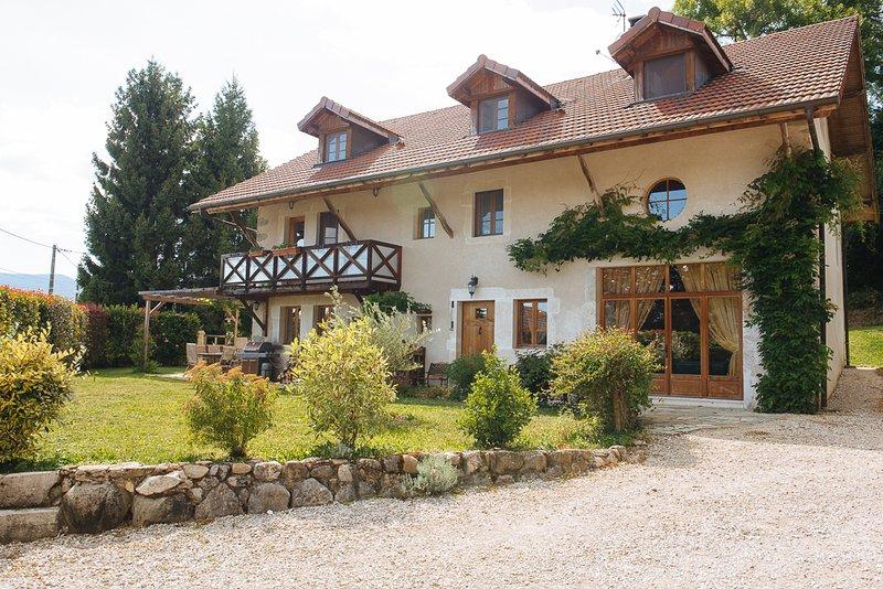 Beautiful farmhouse renovated to high standards throughout - a very relaxing holiday is assured