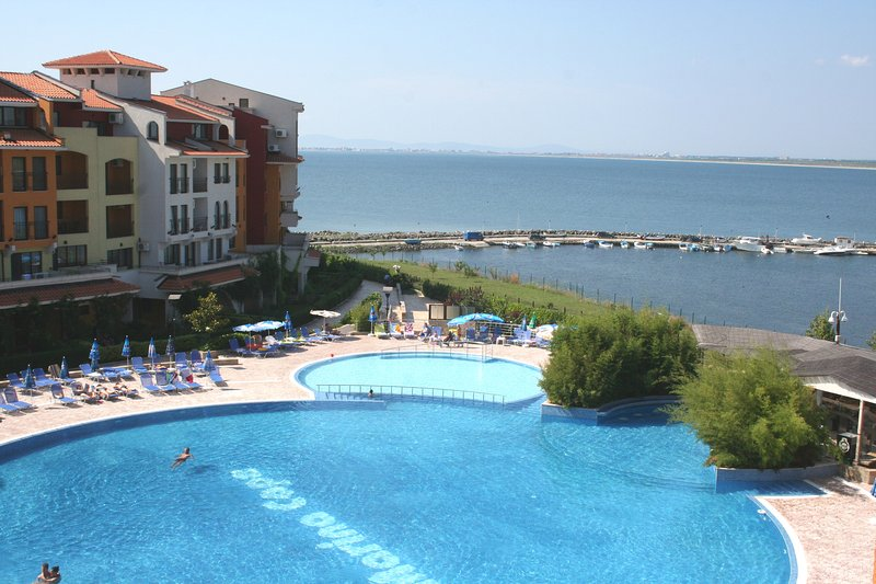 4 Star Luxury Ravda, Sunny Beach, Nesebar, Burgas., holiday rental in Ravda