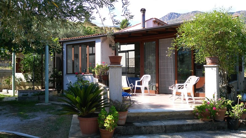 B&B I GIARDINI DI LALA (S), location de vacances à Trabia