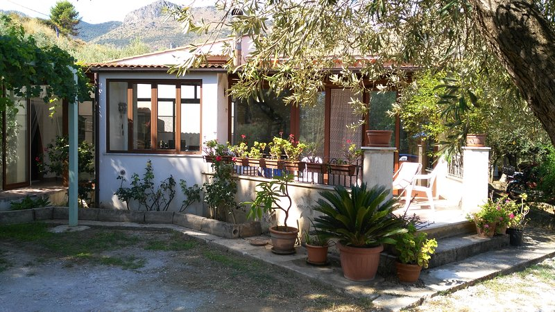 B&B I GIARDINI DI LALA (M), location de vacances à Trabia