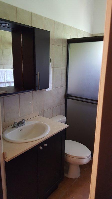 Deux salles de bain complètes