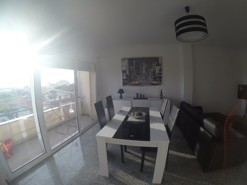 Appartement F2 ready to beach/Porto/Casino Espinho, location de vacances à Guisande