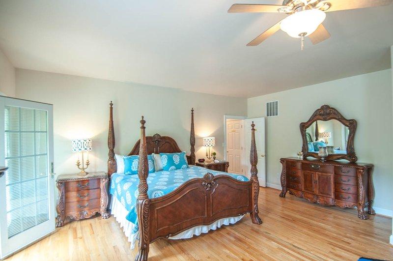 Grote Nest: Room 1 Master Suite, 1 kingsize bed
