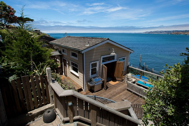 The Pedro Point Boat House/Topside, holiday rental in Moss Beach