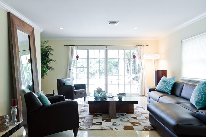 Golden Isles Mansion, holiday rental in Hallandale Beach