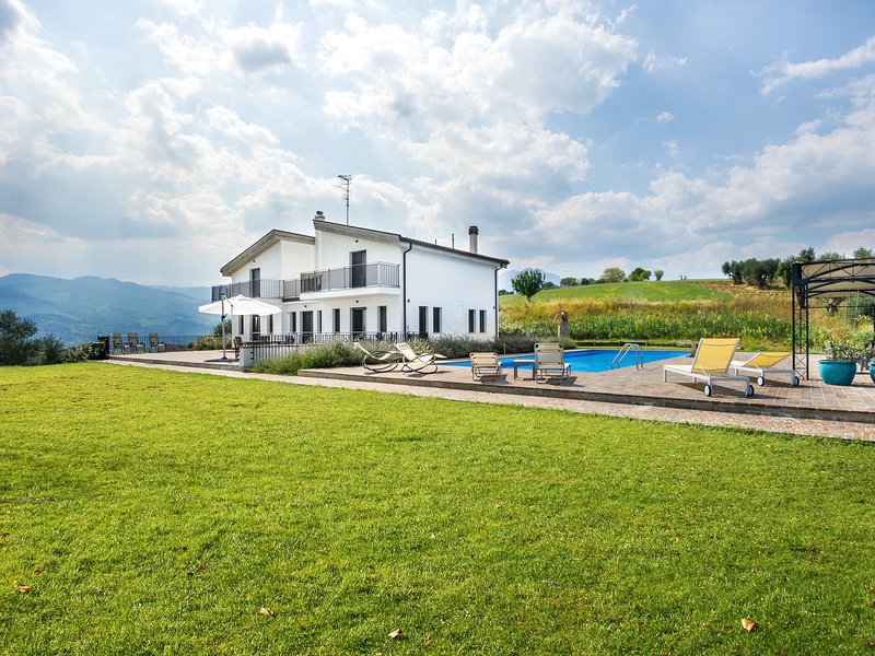 Casa del Colle - luxury Italian Villa, location de vacances à Castilenti
