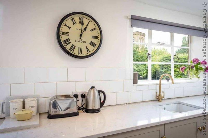 Into the modern kitchen...