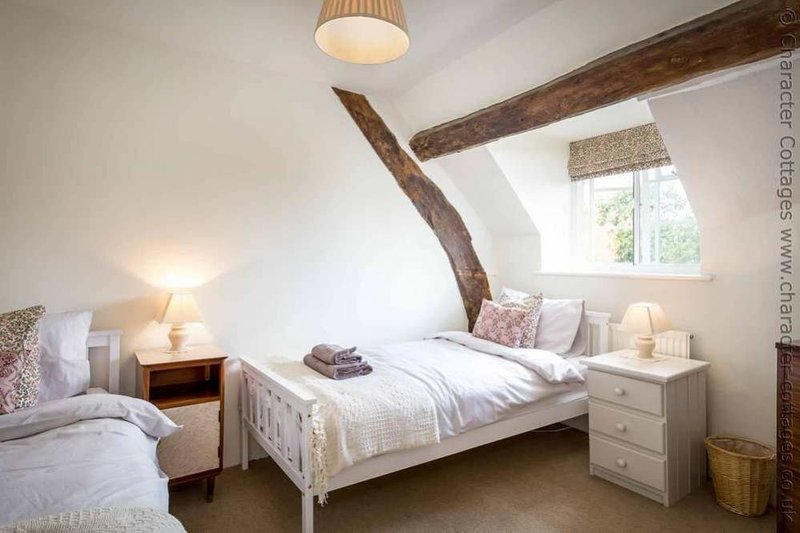 Bedroom 3, a characterful twin room