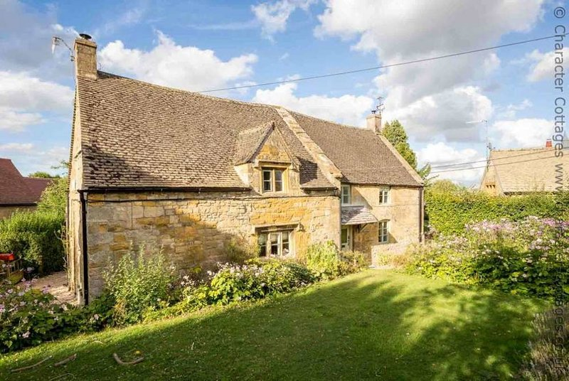 Norman Chapel is a beautiful Grade II* listed cottage, which was once a church, holiday rental in Paxford