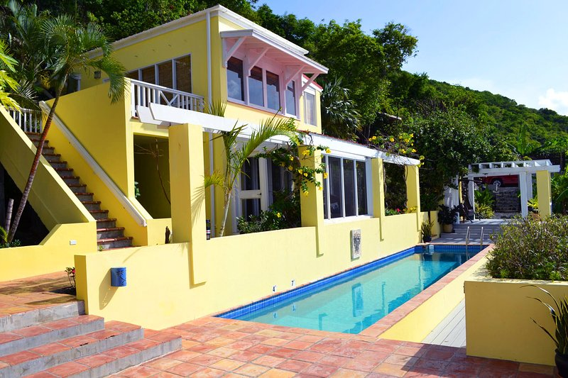 Newly refurbished Longview Villa with Heated 40ft pool and stunning views, holiday rental in Jost Van Dyke