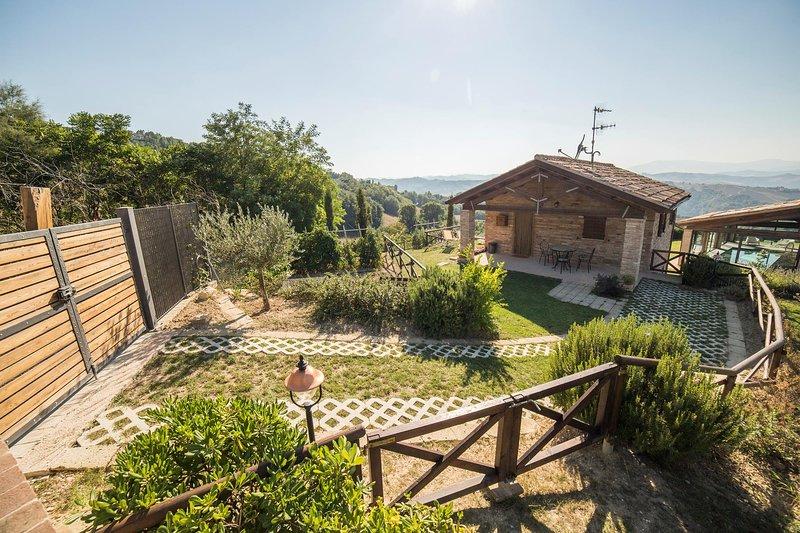 COUNTRY HOUSE CA BRUNELLO Cavallino, holiday rental in Urbino