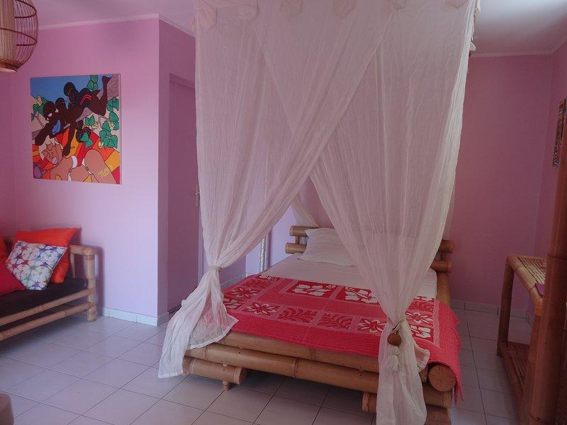 Gîte Zandoli Koko Studio Ti'Malou, location de vacances à Île Grande-Terre