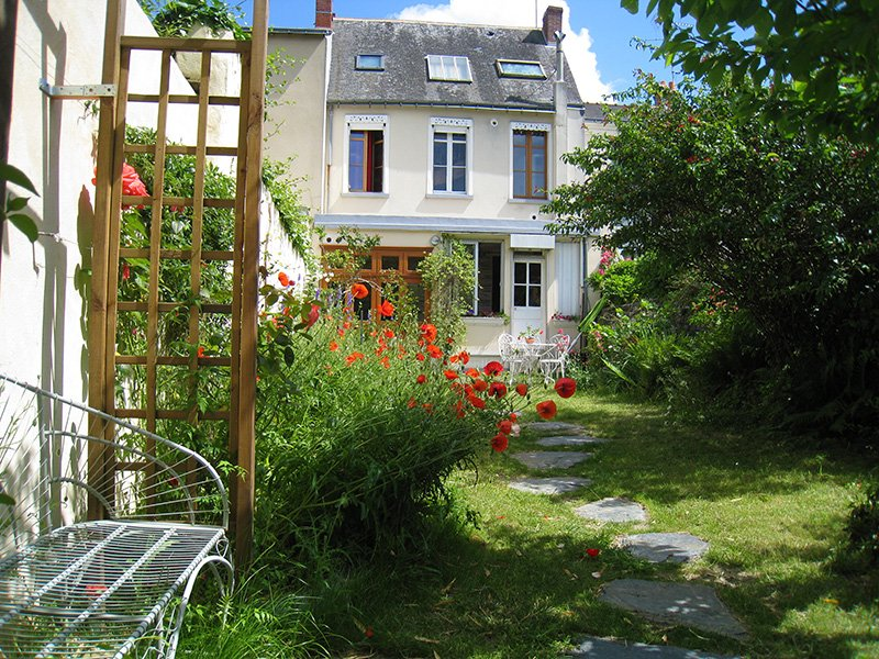 Le Petit Quernon, Bed & Breakfast, vacation rental in Blaison-Gohier