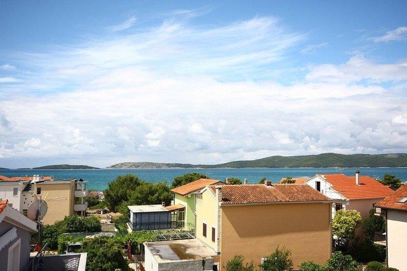 Apartments Beader, vacation rental in Brodarica