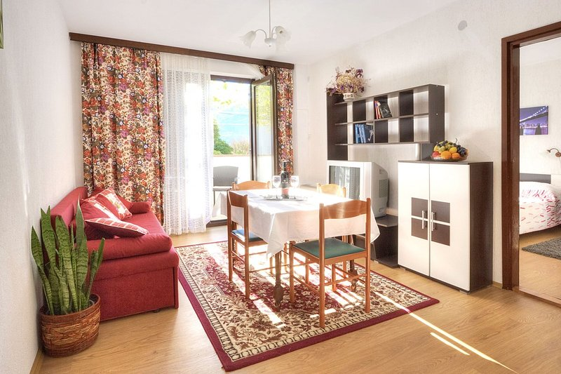 Holiday home 106716 - Holiday apartment 58999, holiday rental in Jurandvor