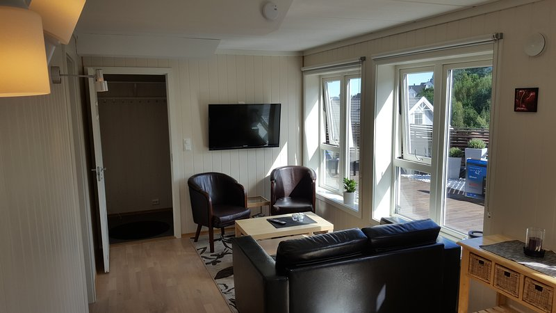 3 room apartment in quiet area, vacation rental in Hovag