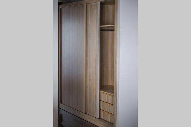 armoire pour 2 personnes