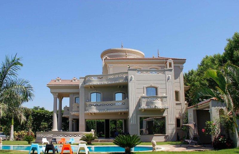 El Celestial, Lakeview Villa