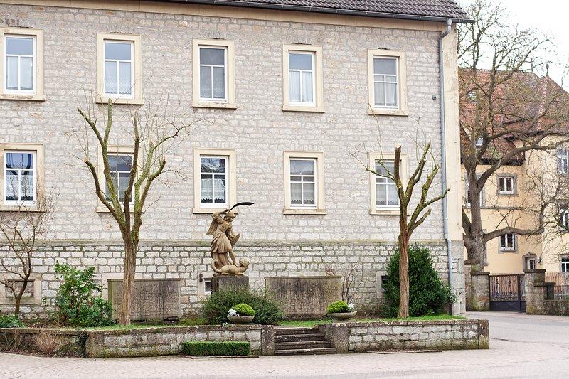 Alte Schule Wolkshausen, holiday rental in Lower Franconia