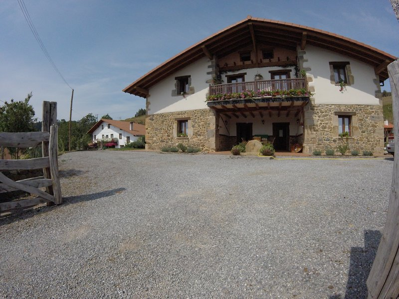 Etxekone, holiday rental in Muxika