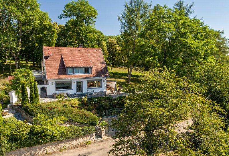 Ferienhaus 'Villa Alenberg', vacation rental in Loffingen