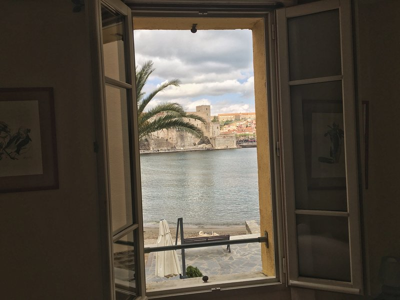 Panoramic view, picture directly taken from one of the four windows of the living room