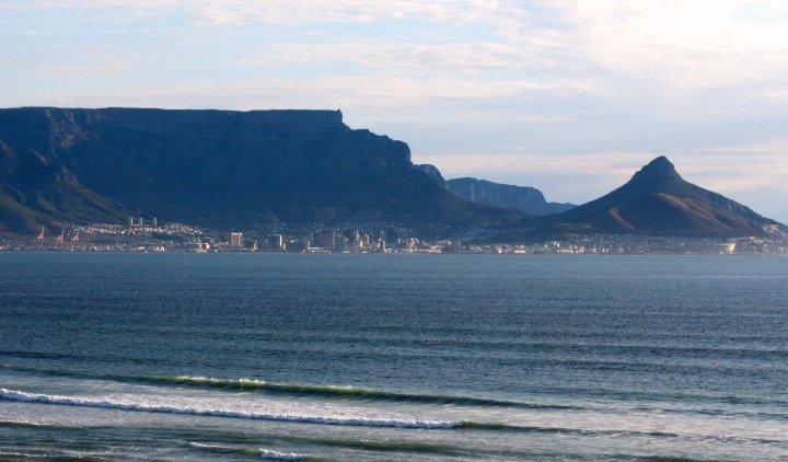 180 Deg view of Table Mountain and Robben Island
